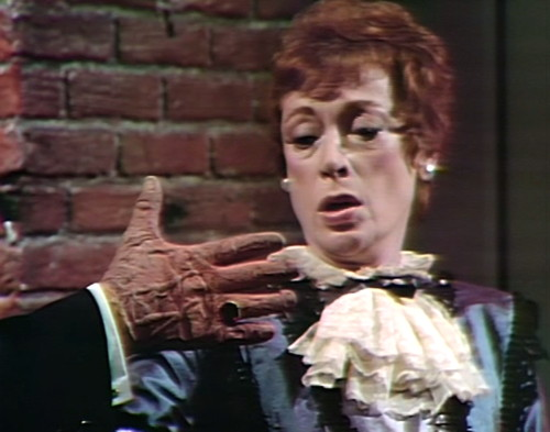 840 dark shadows petofi julia hand