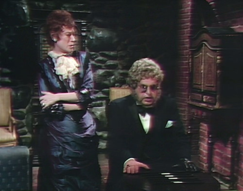 841 dark shadows julia petofi tripping