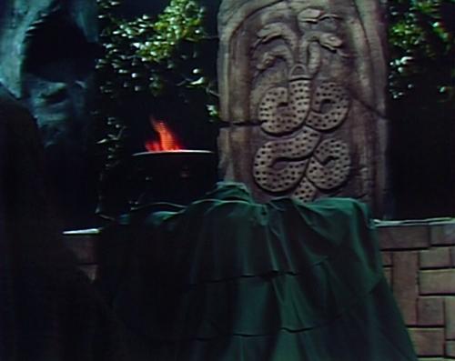 886 dark shadows barnabas altar