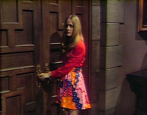 887 dark shadows carolyn skirt