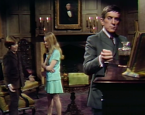 894 dark shadows david carolyn barnabas brandy