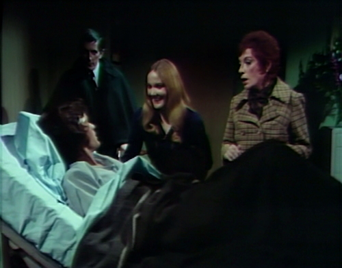 907 dark shadows quentin barnabas carolyn julia amnesia