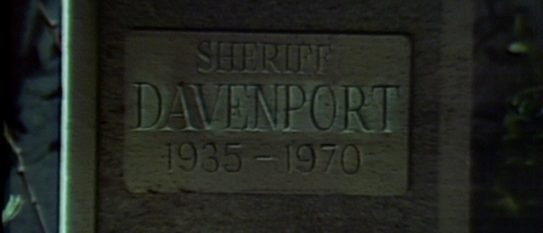 936-dark-shadows-davenport-grave