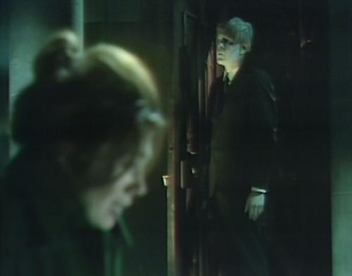 942-dark-shadows-maggie-davenport-zombie