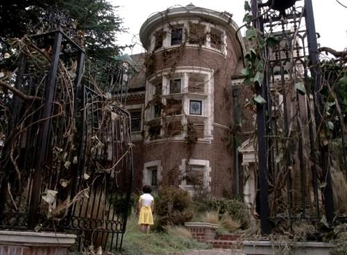990-american-horror-story-murder-house